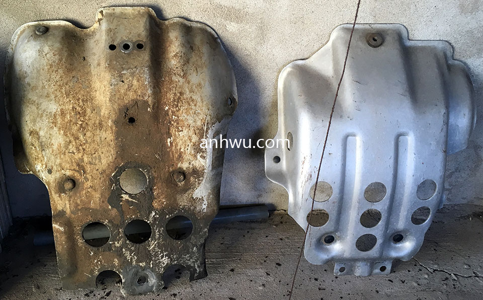 Vietnam off-road and touring motorbike parts for sale in Hanoi, Northern Vietnam. Honda XL125 Engine Guard.