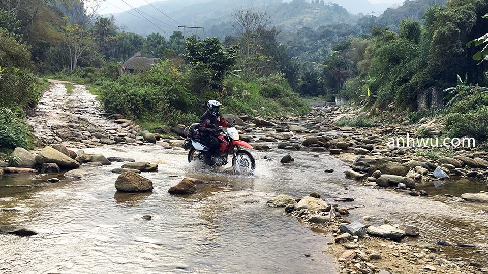 Vietnam Motorbike Tours, From Self-Guided to Guided - Anh Wu